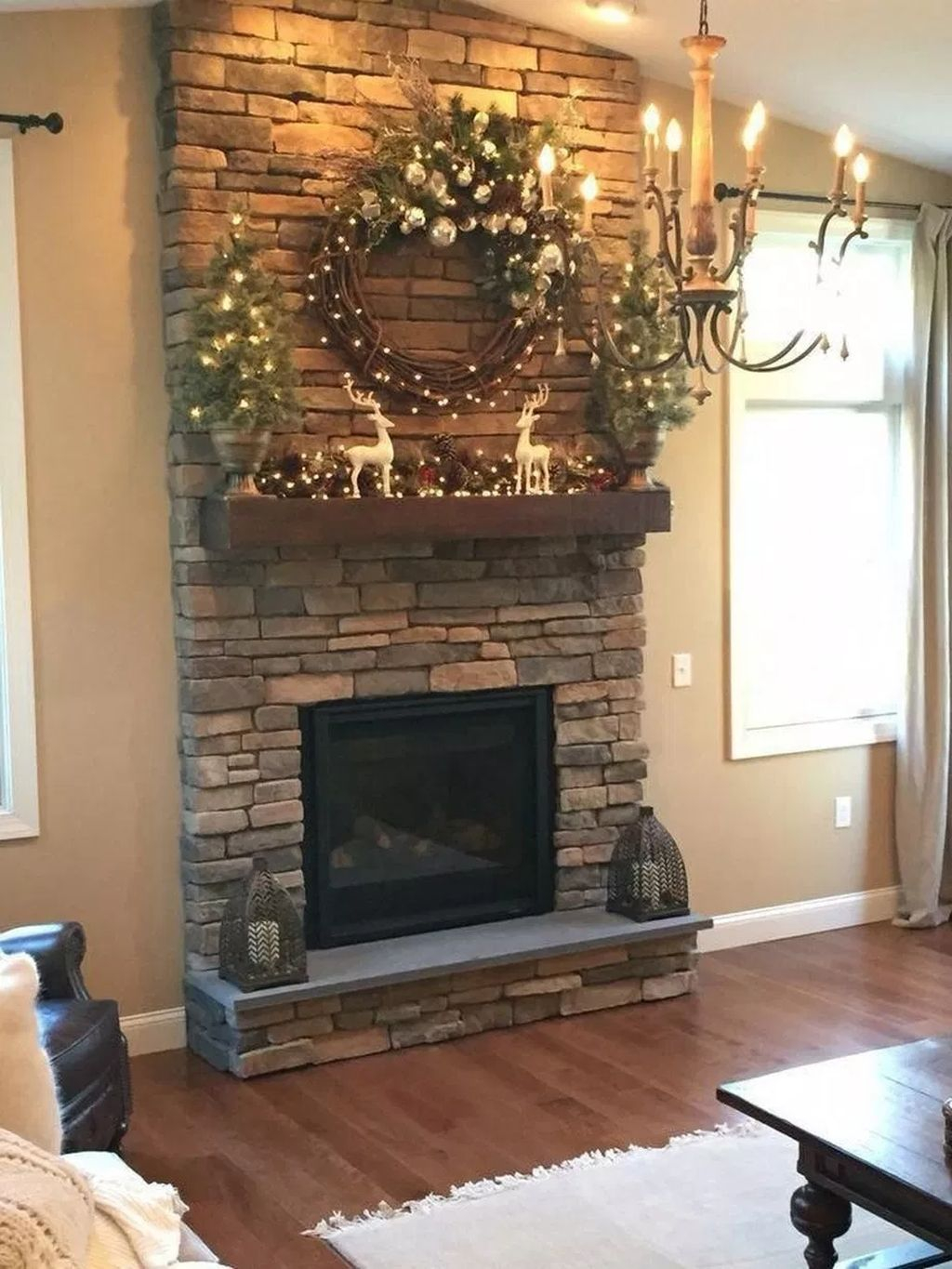 Relaxing Living Rooms Design Ideas With Fireplaces46
